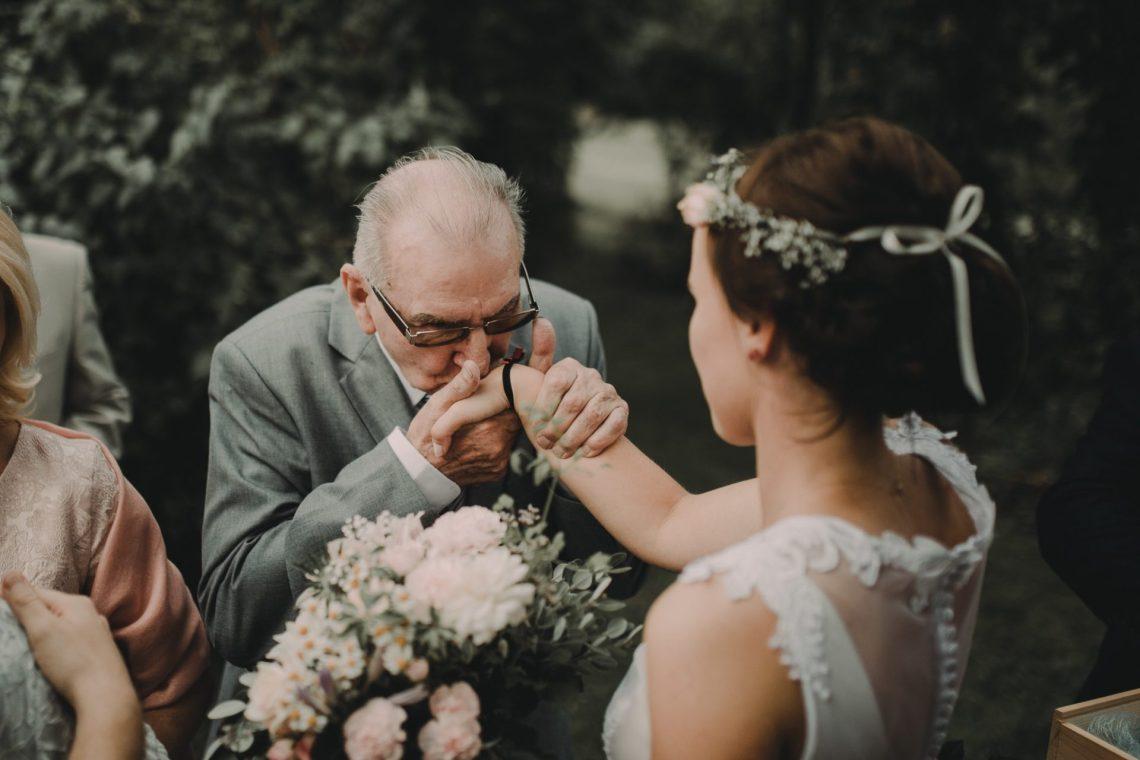 ranczo w dolinie ślub w plenerze życzenia dziadek