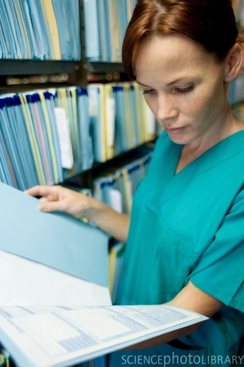 Expediente clínico (tipos de notas y papeleria)