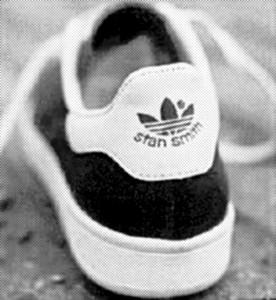Peter Hooton's shoe, circa 1989. Still rather large.