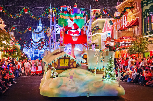 you will still encounter tons of people at the magic kingdom disneys hollywood studios and long lines for candlelight processional but otherwise - When Does Disney Decorate For Christmas 2018