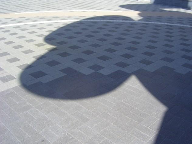 Tetsujin 28-Go - shadow