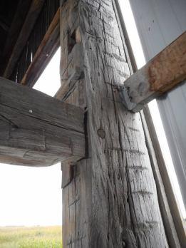barn-beam-details
