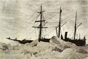 The Endurance Trapped In The Ice