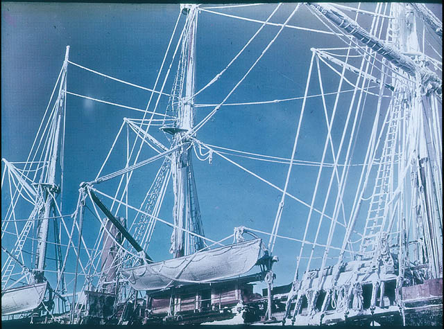 The rigging of the 'Endurance' encrusted with RIME crystals, 1915 / photographed by Frank Hurley