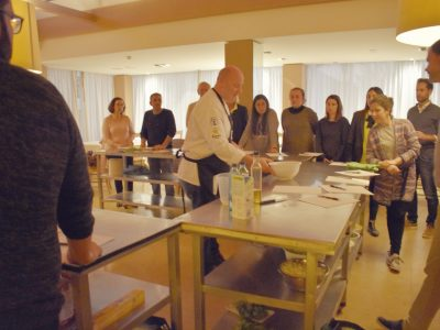 Training, cooking course