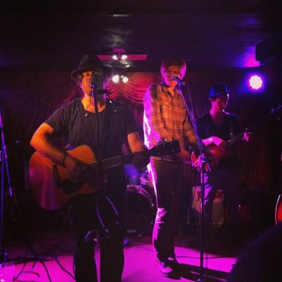 @tomfreund and @brettdennen killin it badass song style at the Del Monte Speakeasy last night! Tom has a new live double cd out, get it! #TomFreund #BrettDennen #VeniceBeach #LosAngeles #LAMusic #LiveMusic #Concerts