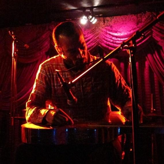 Ben Harper playing with Tom Freund #tomfreund #benharper #venice #musicphotography