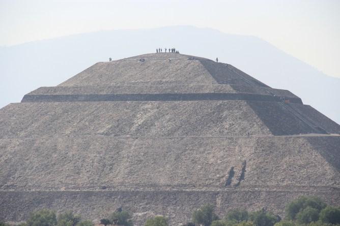 Pyramid of the Sun (70m high)