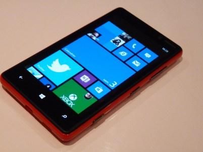 Nokia Lumia 820 Face allumée