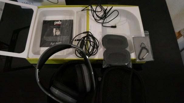 PSB Speaker M4U 1 Packaging 1