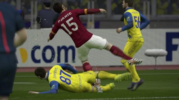 Tacle sanglant FIFA 15