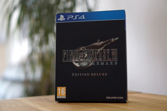 Unboxing FF VII Remake Edition Deluxe