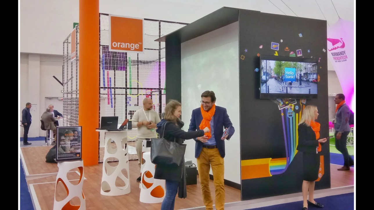 Salon pour Orange à Caen