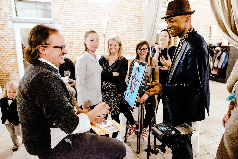 Magicien iPad et Caricaturiste iPad Lille