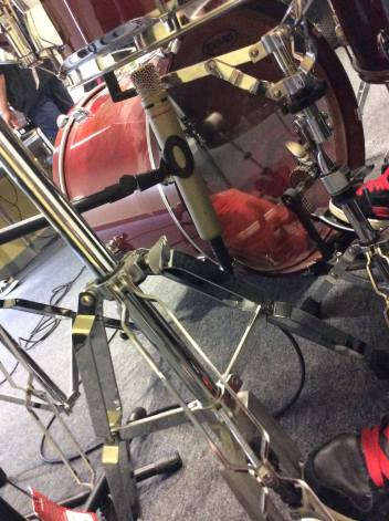 AKG C1000 Under the Snare