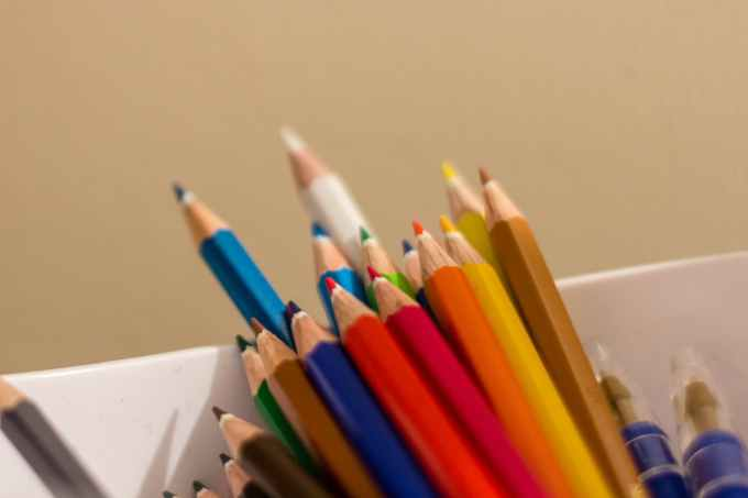 crayons-pencils-colors-couleurs-78777.jpeg