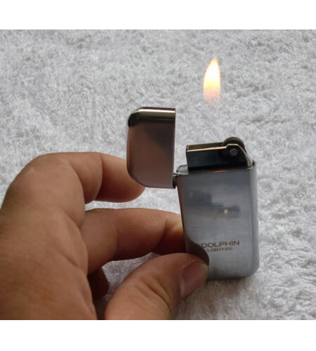 Ultra-thin Refillable Cigarette Lighter