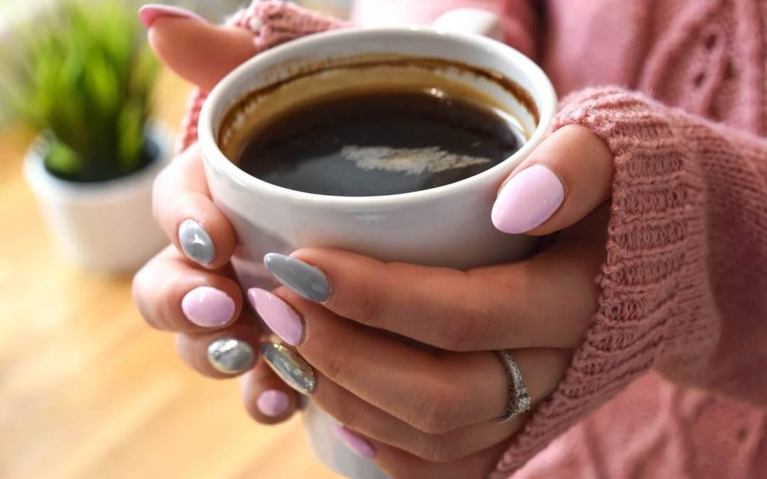 Kaffeetrinker empfinden mehr Wärme für andere