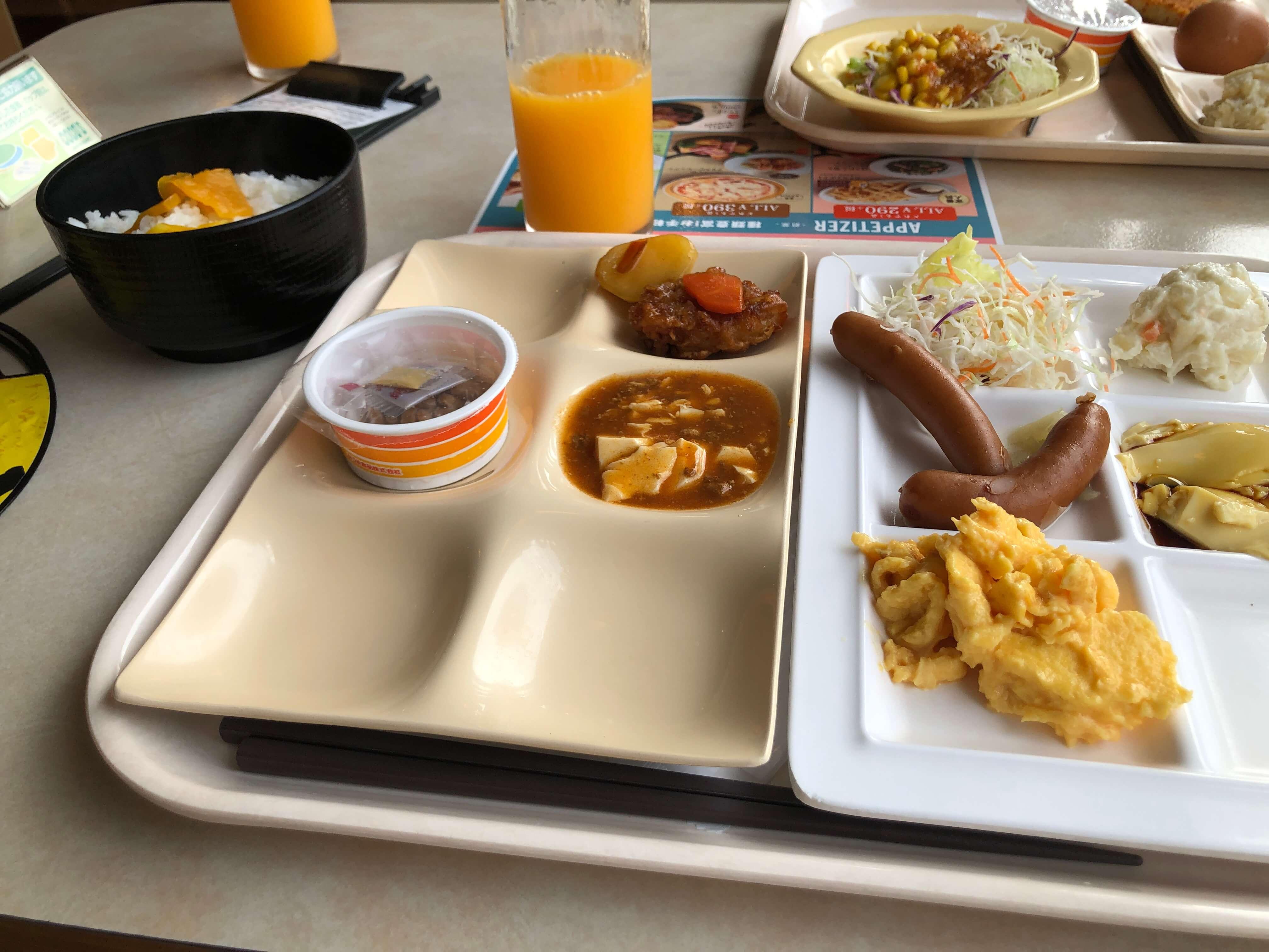 ココスの朝食バイキングに行ってきたよ!時間の余裕もあり快適な朝だった!