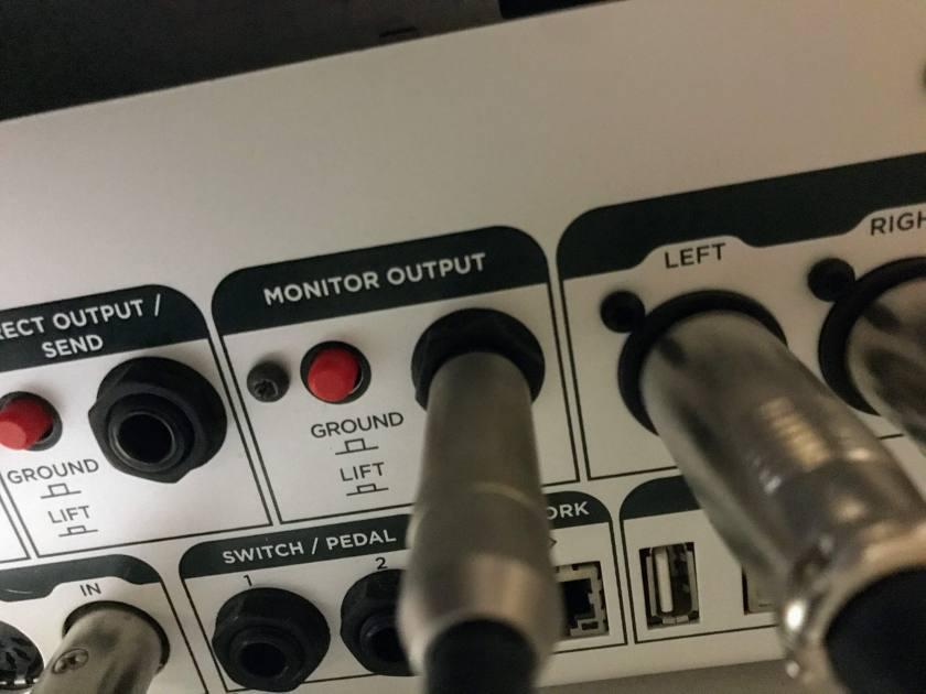 monitor outputの画像