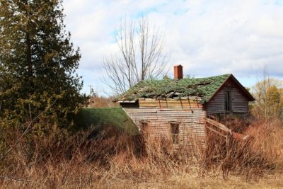 Little-Red-Abandoned-House-1