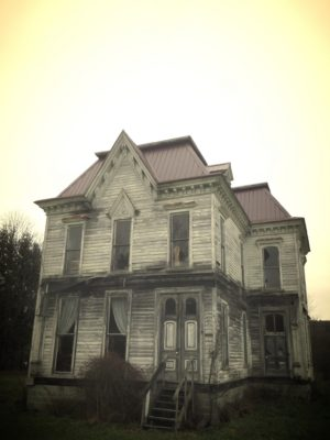 creepy-old-house-for-sale