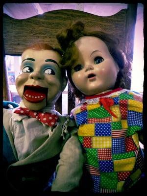 pair-of-creepy-dolls