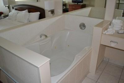 jazuzzi tub