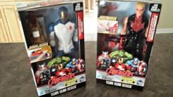 Avengers Titan Heroes Iron Man and Hawkeye Deluxe Electronic Action Figure Set