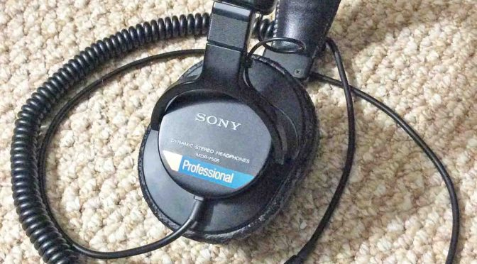 Sony MDR 7506 Dynamic Stereo Headphones Review