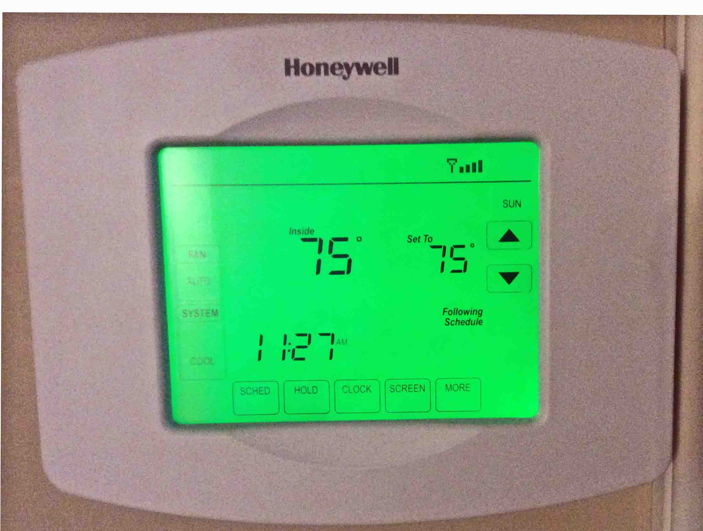 Thermostat Room Temperature At Degrees