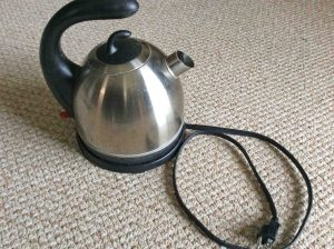 Picture of the Hamilton Beach 40891 Cordless Electric Kettle, showing it fully assembled.