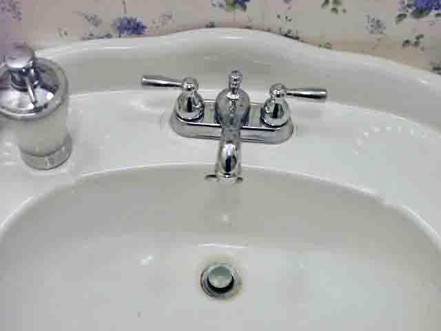 AquaSource Bathroom Sink Faucet 0327296 Review