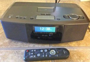 Picture of the Denon S-32 internet radio, in OFF (standby) mode. Powered off.