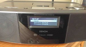 Picture of the Denon S-32 Audio Wi-Fi Player, displaying its Setup menu.