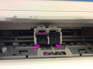 Picture of the HP DeskJet 3630 series printer ink cartridges, correctly installed in HP 3632 printer.