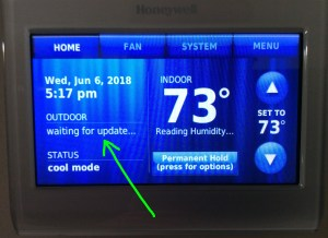 Screenshot of the Honeywell RTH9580WF thermostat, showing its -Waiting for Update- message immediately after power up.