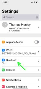 Screenshot of the -Bluetooth- option on the iPhone -Settings- page.