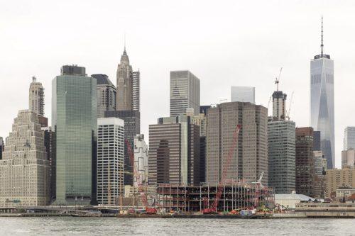 Manhattan skyscrapers from Brooklyn