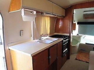 Glamping-Airstream-Safari-Interieur-Verkauf