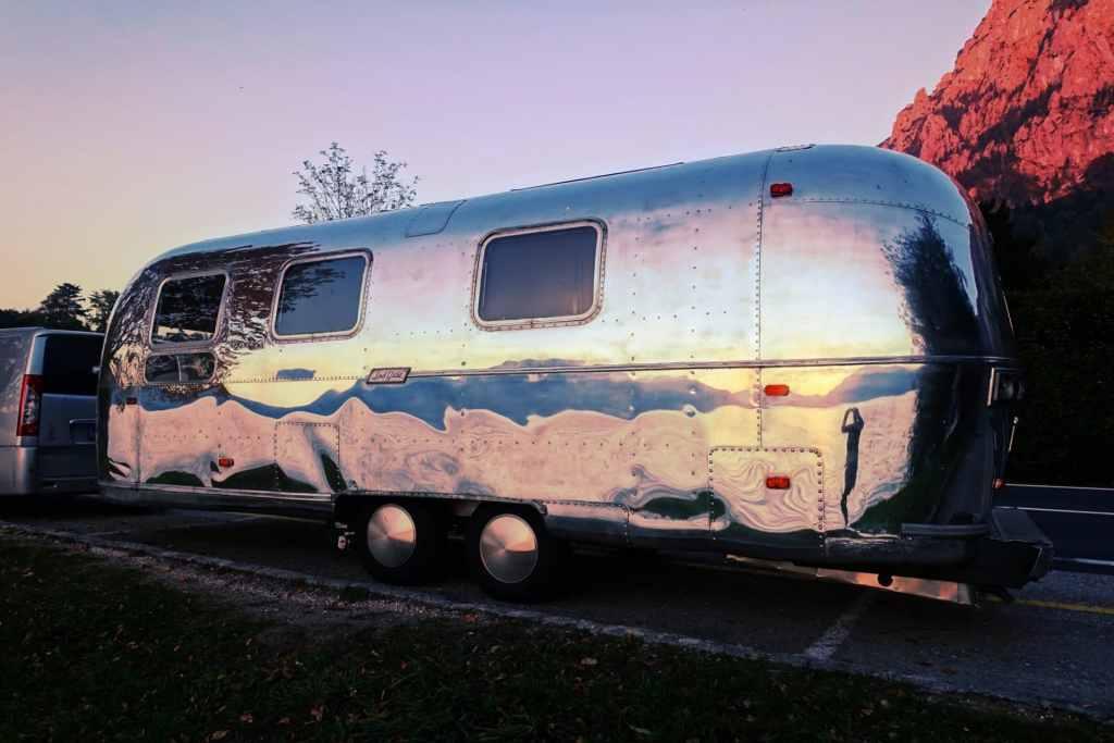 Glamping Wohnwagen Airstream Salzkammergut