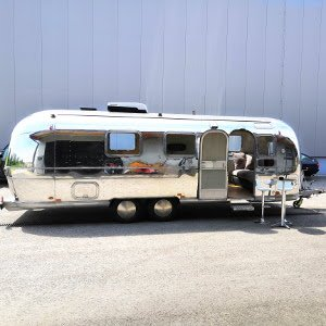 Airstream Mobile Lounge Mieten Vermietung Hochglanz Roadside Rich Snippet