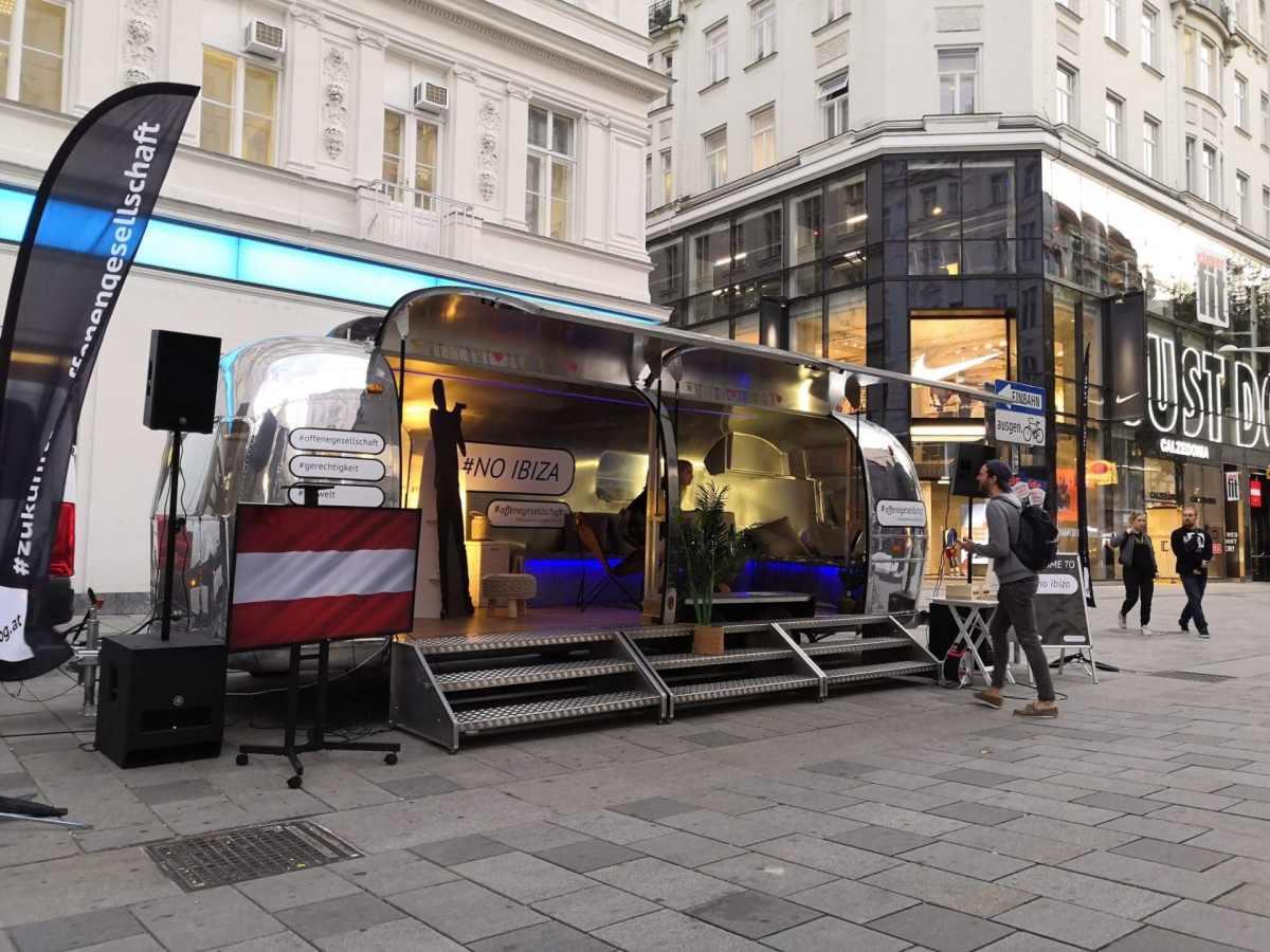 Airsream Mobile Stage Bühne Wien Mariahilfer Straße