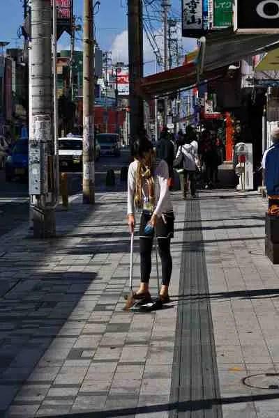 外国人が日本に来て驚いたこと-掃除