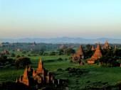 Al die tempels samen geven een ontzettend mooie zonsondergang/opkomst
