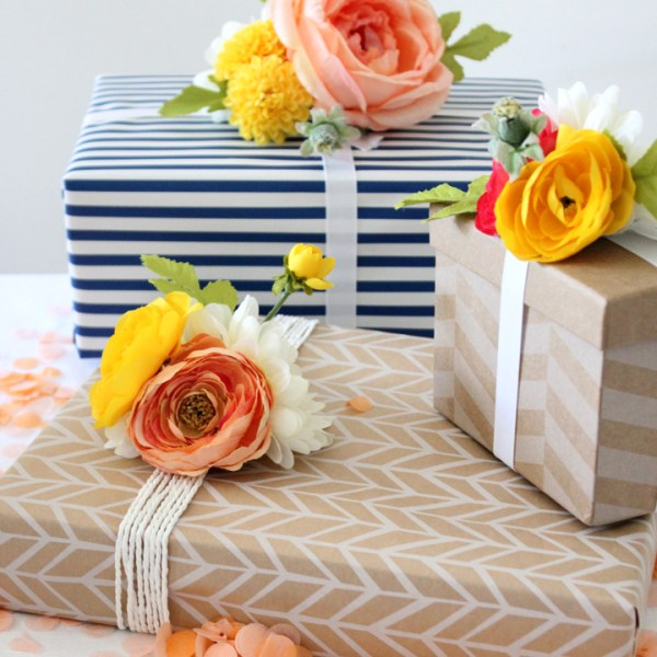 DIY Floral Gift Toppers Tutorial