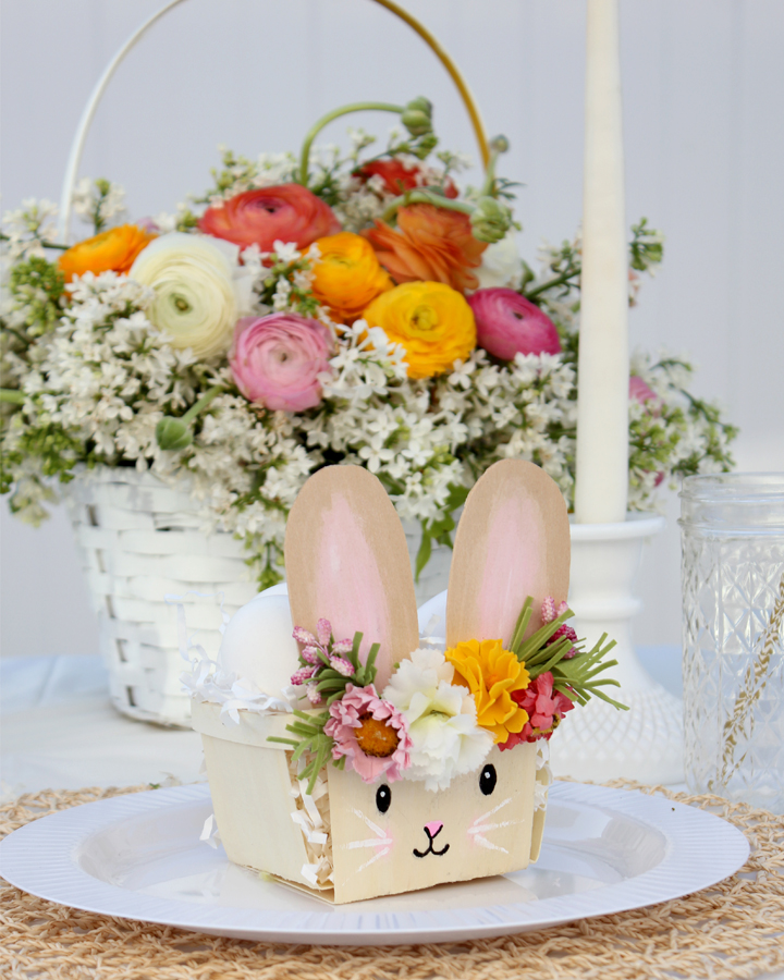 Easter Tablescape with Blooming Easter Basket and DIY Easter Basket Animals
