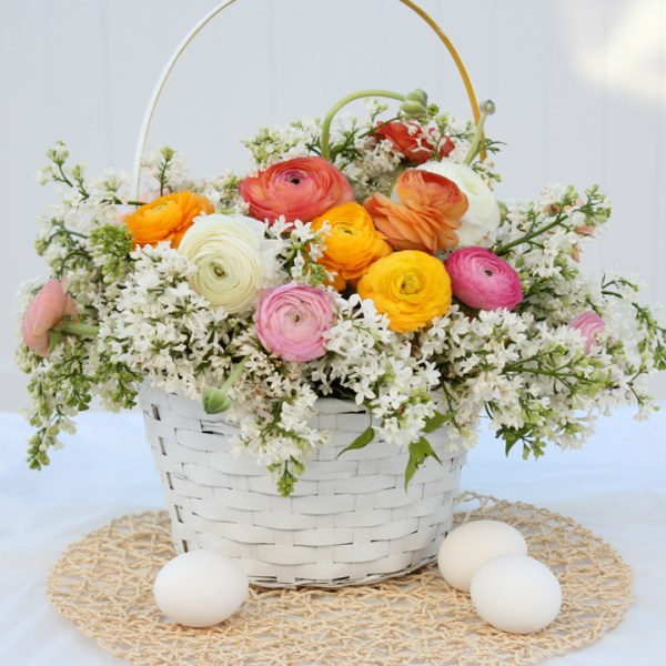 Easter Tablescape with Blooming Easter Basket