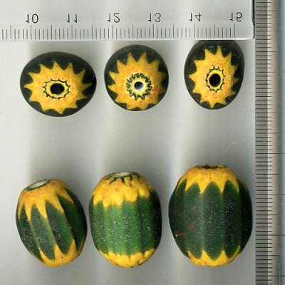 シェブロン玉 ベネチア製近代 緑と黄色