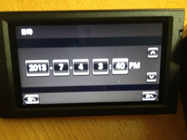 HDR-CX390で日時の設定